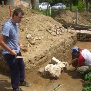 Nalazi nadgrobnih stela na lokalitetu Sase  Rimska Domavija arheoloska iskopvanja (2)