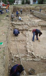 Nastavak radova na arheološkim istraživanjim na kolalitetu Zadružni dom u Skelanima 2015 (10)