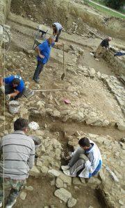 Nastavak radova na arheološkim istraživanjim na kolalitetu Zadružni dom u Skelanima 2015