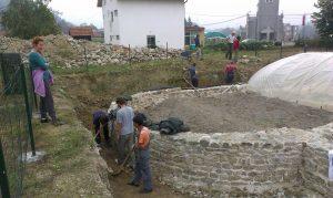 Nastavak radova na arheološkim istraživanjim na kolalitetu Zadružni dom u Skelanima 2015 (5)