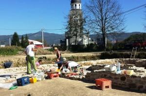 Radovi na konzervaciji na Arheološkom lokaliteru Zadružni dom u Skelanima 2014 (2)