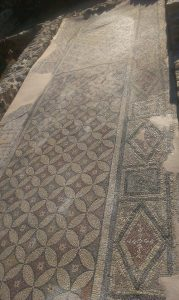 konzervacja mozaika na lokalitetu Zadruzni dom u Skelanima 2014 (3)