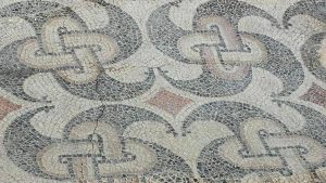 konzervacja mozaika na lokalitetu Zadruzni dom u Skelanima 2014 (7)