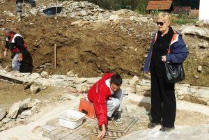 posjeta pomoćnice Ministra za kulturu u Vladi RS g-dj Irena Soldat Vojinović 2014  tokom arheoloških istraživanja na lokalitetu Zadružni dom